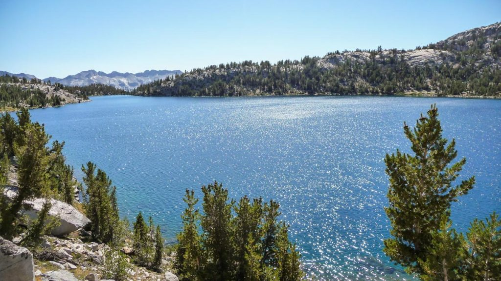 Lake Virginia, John Muir Trail