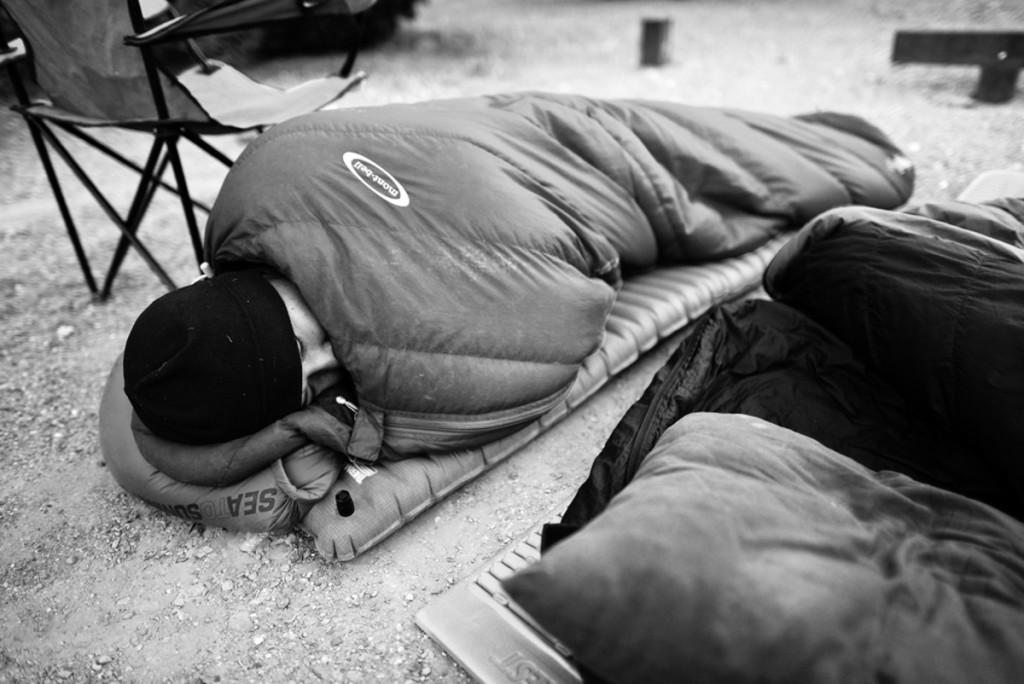 Sleeping outside to enjoy the stars. Photo courtesy of Phillip (www.jimbojack.com).