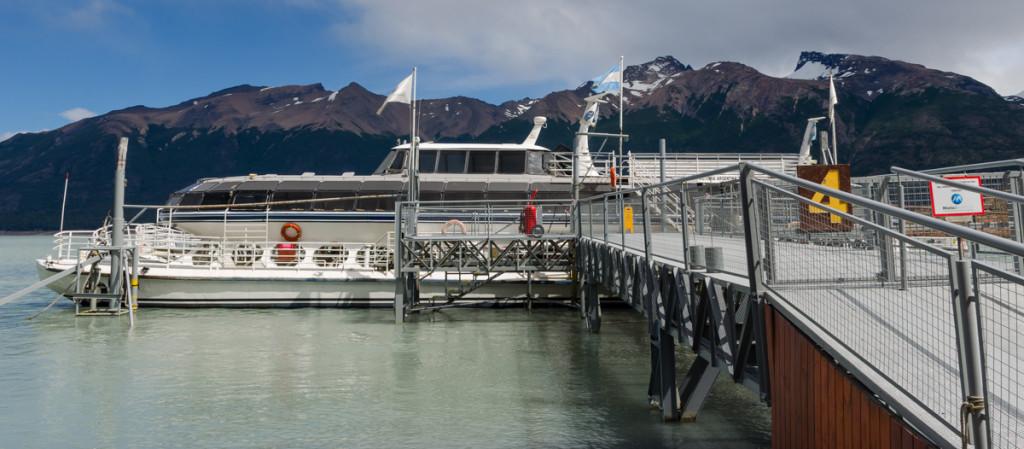 Boat tour to Glaciar Perito Moreno