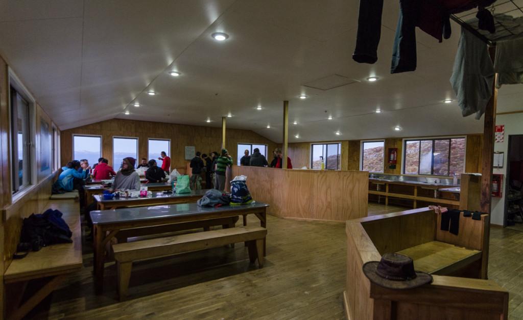 Luxmore Hut, Kepler Track