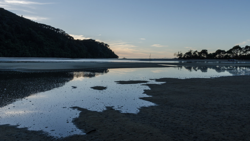 Rising tide by Bark Bay Hut, Abel Tasman Coast Track