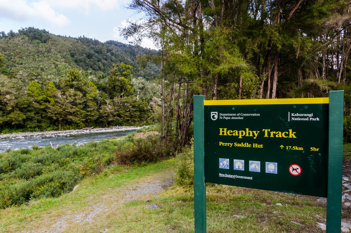 Brown Hut, Heaphy Track