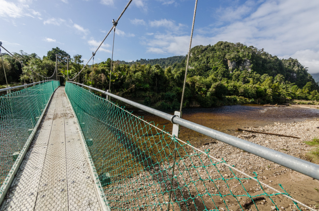Bridge over Heaphy River, Heaphy Track