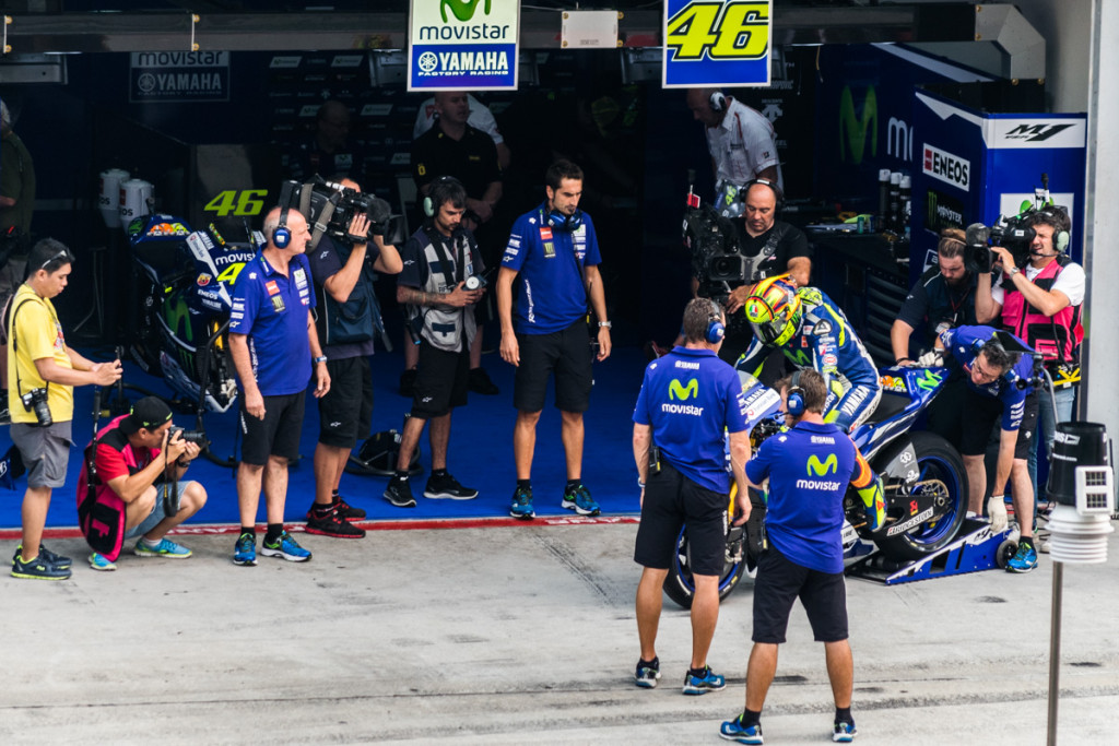 Valentino Rossi leaving pits, Malaysian MotoGP