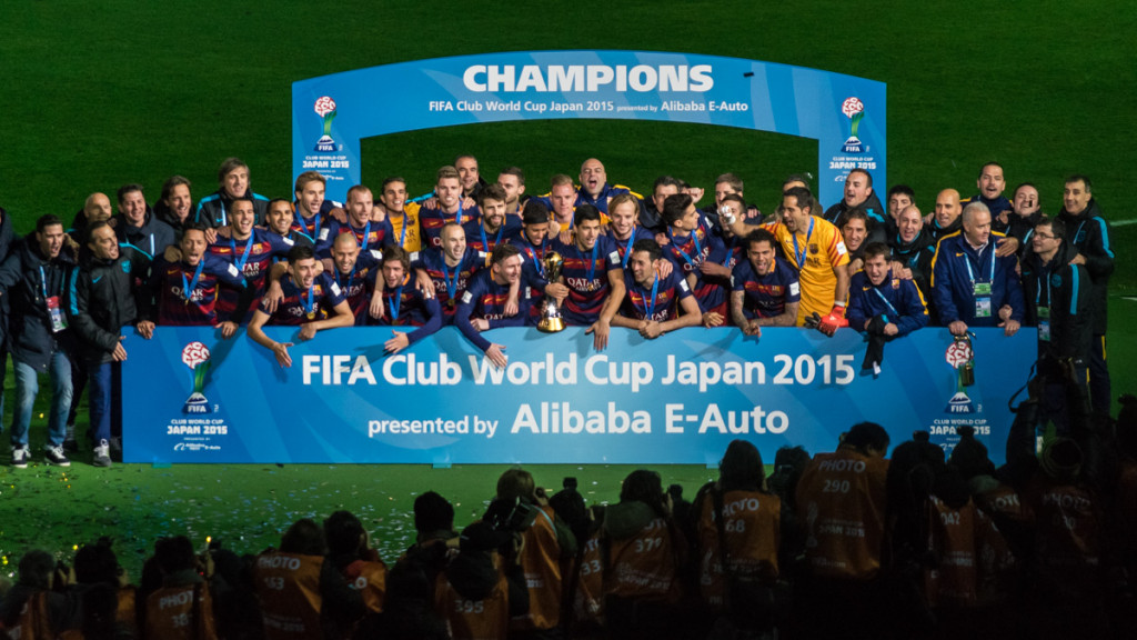 Barcelona lifting the FIFA Club World Cup trophy