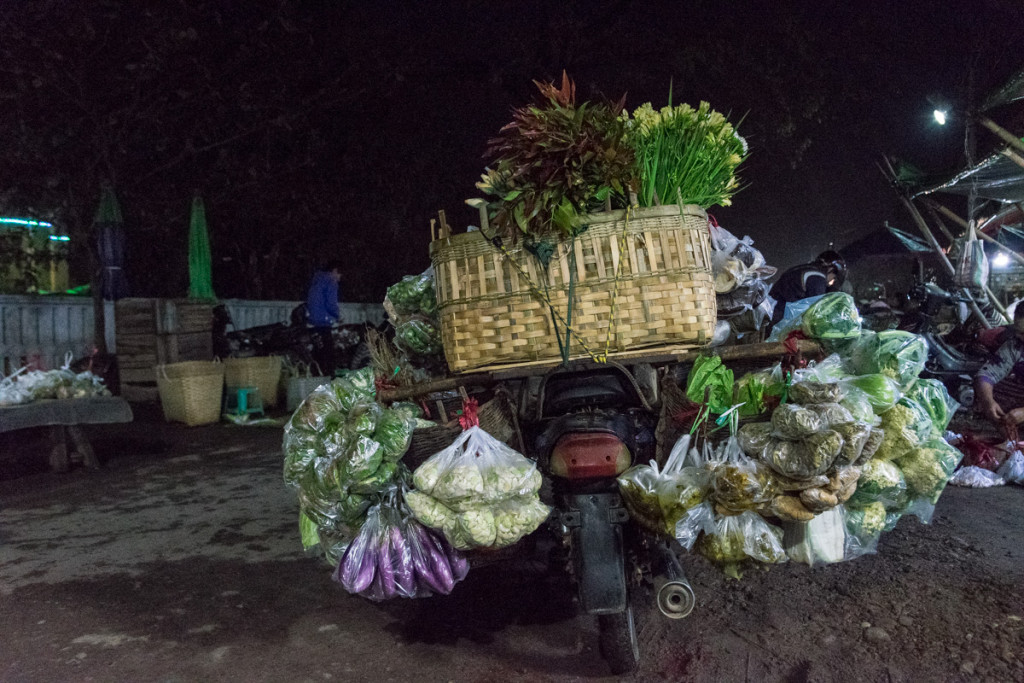 Morning market, Hsipaw