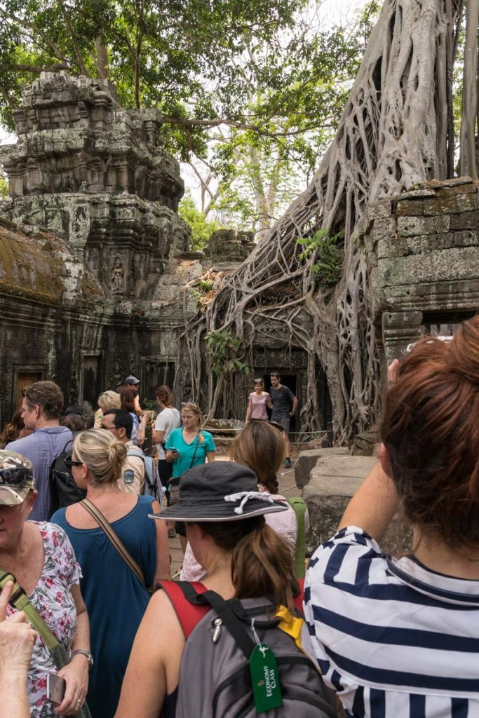 Long lines at Ta Prohm temples